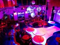 Goldfingers, Cabaret Praha 1