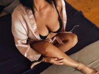 Smyslné masáže, Erotic massage Praha 4