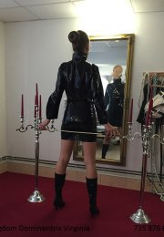 Virginie - Kingdom Dominatrix Virginia, Prost�jov